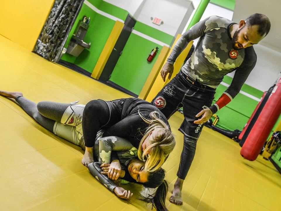 brazilian-jiu-jitsu-fundamentals-slider-1