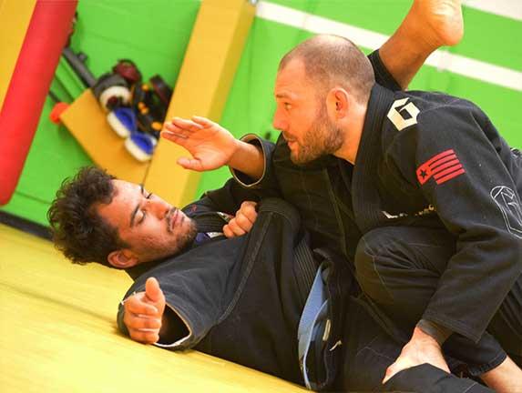brazilian-jiu-jitsu-fundamentals-slider (10)