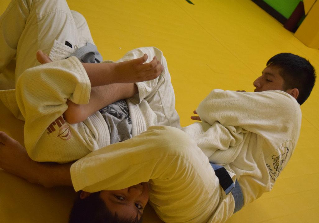 brazilian-jiu-jitsu-fundamentals-slider-12