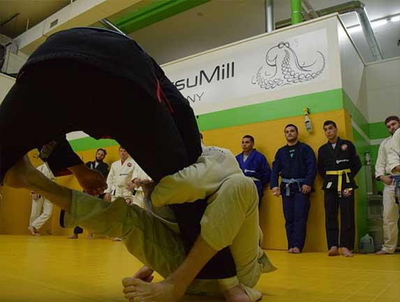 brazilian-jiu-jitsu-fundamentals-slider (13)