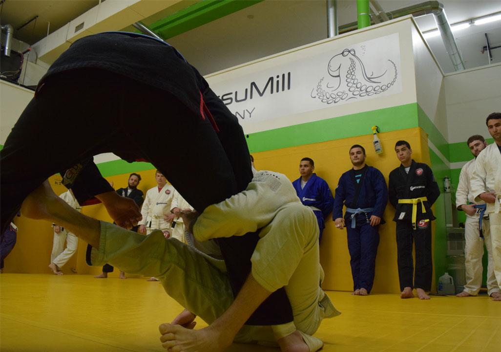 brazilian-jiu-jitsu-fundamentals-slider-13