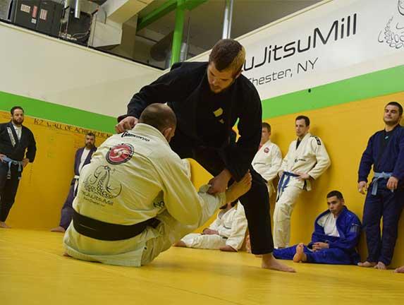 brazilian-jiu-jitsu-fundamentals-slider (17)