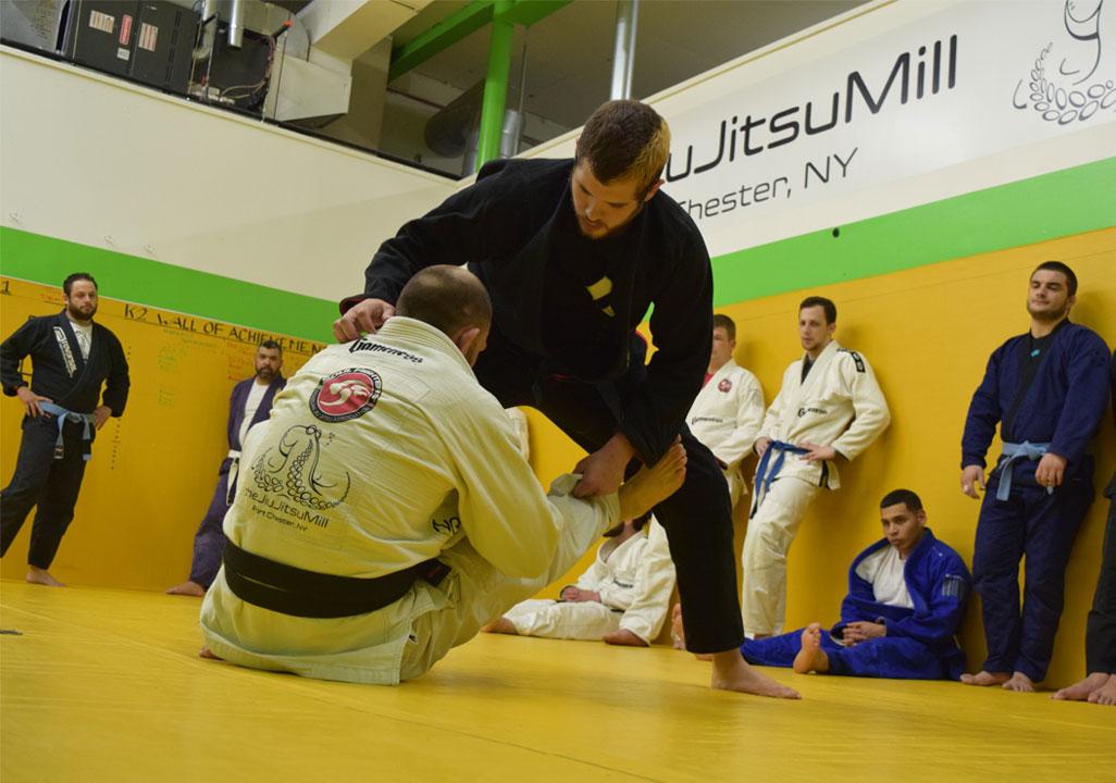 brazilian-jiu-jitsu-fundamentals-slider-17