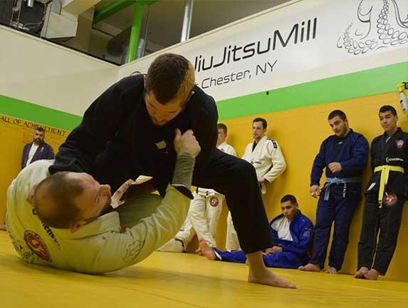 brazilian-jiu-jitsu-fundamentals-slider (18)