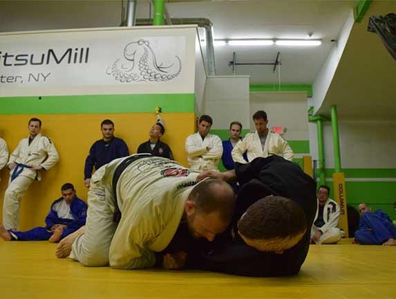 brazilian-jiu-jitsu-fundamentals-slider (19)