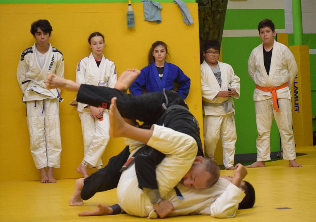 brazilian-jiu-jitsu-fundamentals-slider-20
