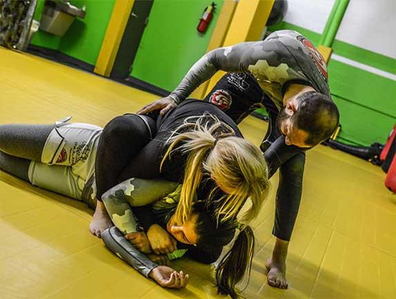 brazilian-jiu-jitsu-fundamentals-slider (4)