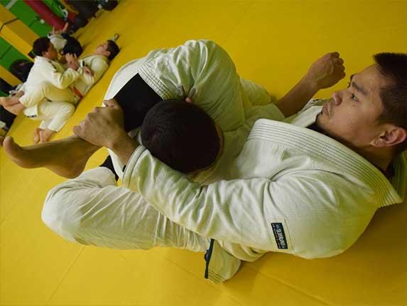 brazilian-jiu-jitsu-fundamentals-slider (6)